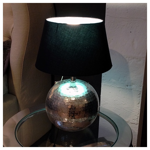 KARE - Table lamp hammered ball